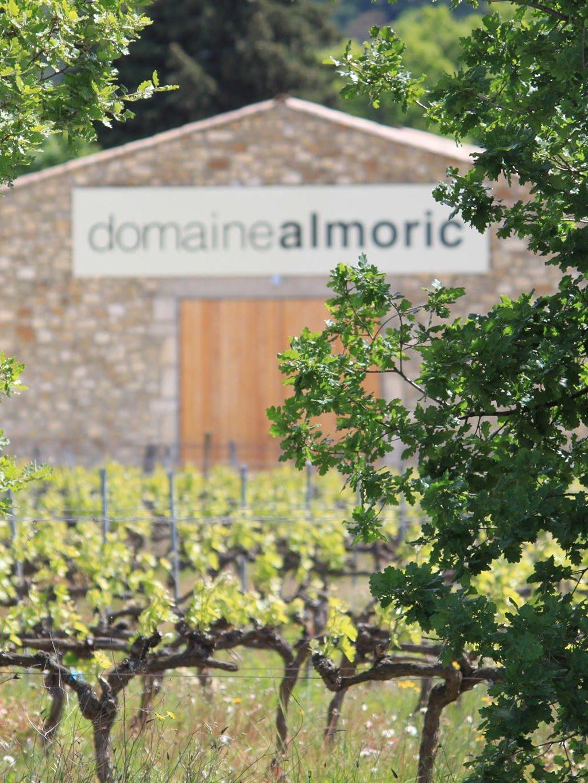 Cave du domaine almoric, domaine viticole à Allan dans la Drôme